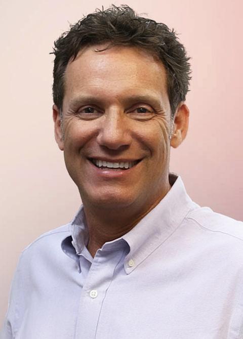 Chiropractor Anniston AL Brian Wells